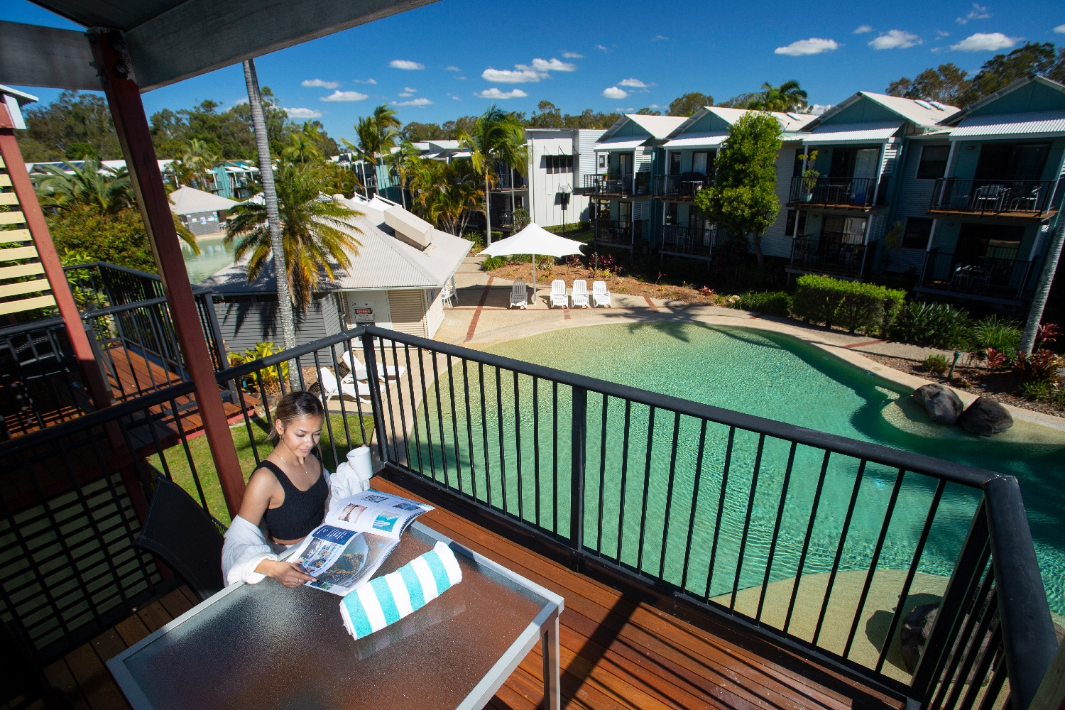 noosa-lakes-resort-deluxe-1-bedroom00001